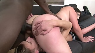 Chubby brunette gets big black anal in cuckold