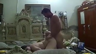 indian desi wife fucking with bf and showing it in cam