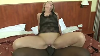 BBC Fucks Mature Pussy On Couch